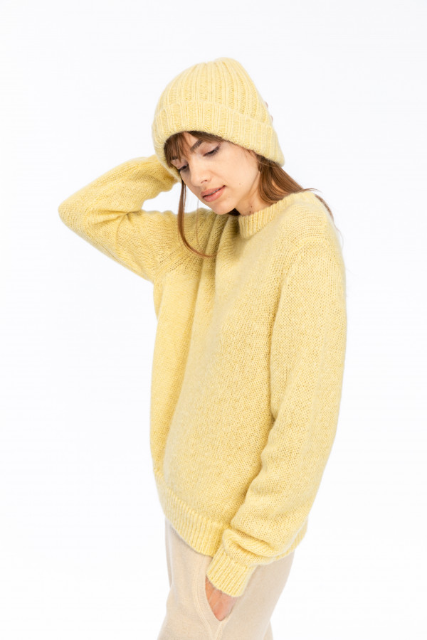 crew-neck-sweater